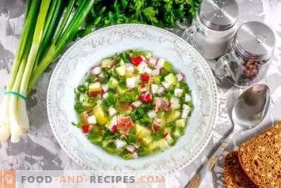 Okroshka en vinagre con agua